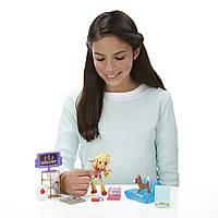 Набор для спальни пижамная вечеринка  My Little Pony Equestria Girls Minis Applejack Slumber Party Games Set