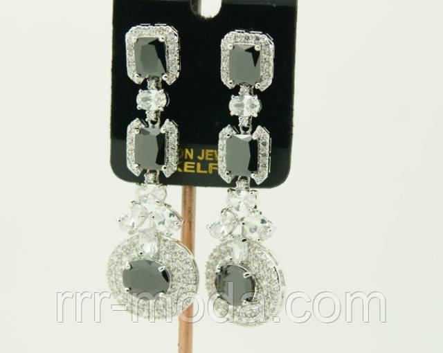 Добавлена новая коллекция сережек с кристаллами Сваровски