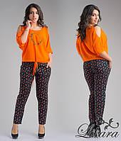 Модный женский костюм тёмно синие брюки с принтом+оранжевая блуза, батал. Арт-5614/21