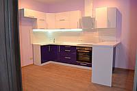 Угловая кухня с барной стойкой , фото 1