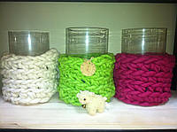 Цветные вязаные корзины из толстой пряжи