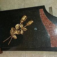 Цветы для памятников и надгробий
