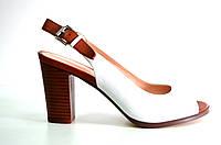 Босоножки женские Basconi бело -коричневые из натуральной кожи на каблуке,женские босоножки