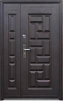 Нестандартная входная металлическая дверь Сезон Плюс Тёплый нестандарт 103+ молоток