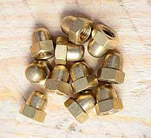 Гайка М6 ГОСТ 11860-85, DIN 1587, колпачковая латунная