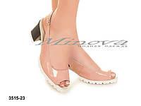 Женские лакированные босоножки на каблуке с открытым передом