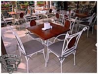 Кований  стіл зі  стільцями
