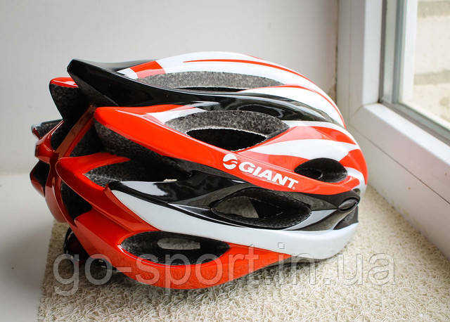 Шлем велосипедный GIANT 2016 бело-красный