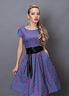 Очень красивое женское платье в розовый горох