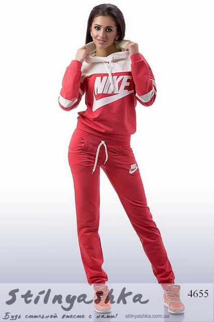 Женские спортивные костюмы Найк
