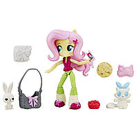 My Little Pony Equestria Girls Minis Флатершай с питомцем и аксессуарами Fluttershy Slumber Party Set