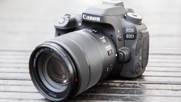 Фотоапарат Canon EOS 80D kit 18-135mm Nano usm Гарантія від виробника ( на складі )