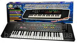 Пианино-синтезатор детский от сети с микрофоном Metr+ SK 3738