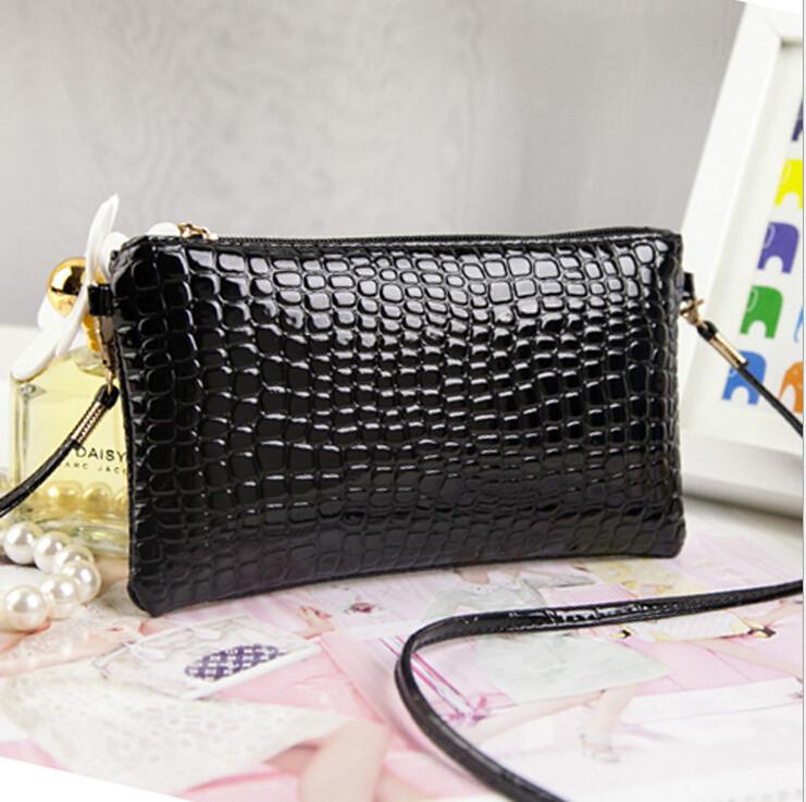 Жіночий клатч гаманець чорного кольору
