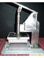 Ручной пресс для выталкивания перги из сота-пазла