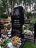 Надгробный памятник одинарный с свечой