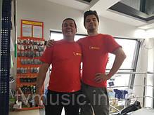 Наши новые футболки с логотипом магазина!