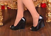 Стильные туфли с открытым носком. Иск.лак. Размер 36-39