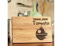 Разделочная доска Темная сторона Tomato