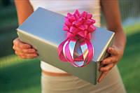 Подарок для женщины. Советы от интернет-магазина «Модная покупка»
