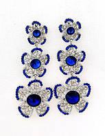 Серьги гвоздики, цветы и синие камни