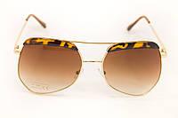 Очки солнцезащитные оригинальной формы