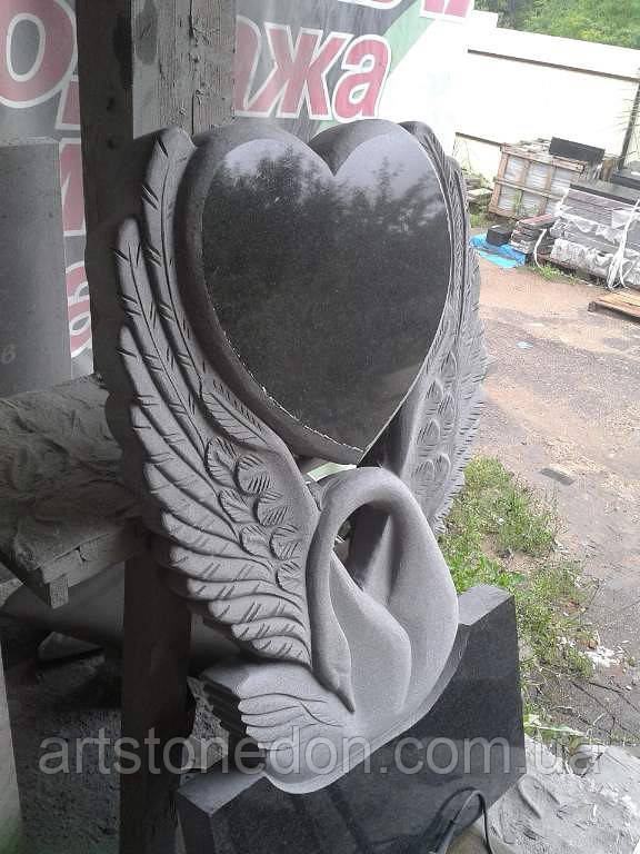 Памятник с лебедем на могилу купить заказать надгробный памятник социальный