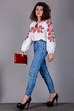 Белая женская вышиванка с красными розами, фото 2