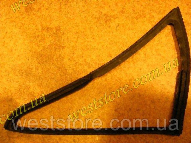 Уплотнитель стекла Ваз 2101 2102 форточки передний правый БРТ 2101-6103122