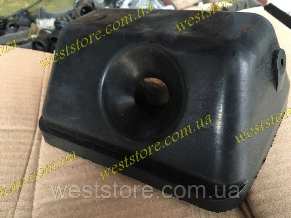 Уплотнитель топливной горловины бензобака Ваз 2103,2106 БРТ 2103-1101150Р