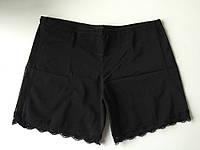 Корректирующие шорты короткие, с открытыми ягодицами,с кружевной отделкой, чёрные