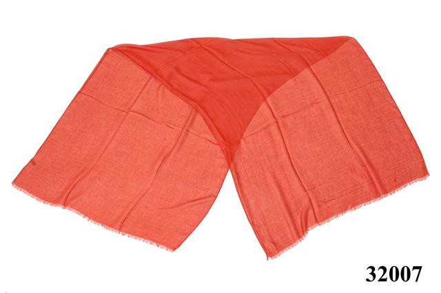 Женский рубиново-красный шарф Легкий бриз 3