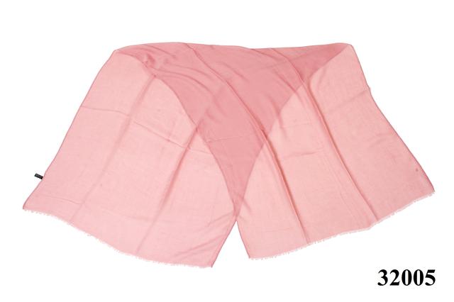 Женский бледно-розовый шарф Легкий бриз 3