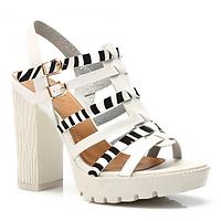 Стильные босоножки женские на тракторном каблуке белые SK64-41 WHITE,магазин обуви