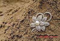 Брошка подвійна квітка з перлинкою, фото 1
