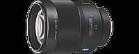 Светосильный высококачественный телеобъектив SONY ZEISS Sonnar T* E 135 мм F1.8 ZA