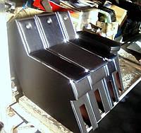Бокс - подлокотник автомобильный, откидной ЗАЗ-1103 Славута. Подлокотники с замочком / БАР на ВАЗ и под заказ