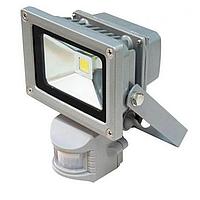 Прожектор светодиодный с датчиком движения PGS 10W