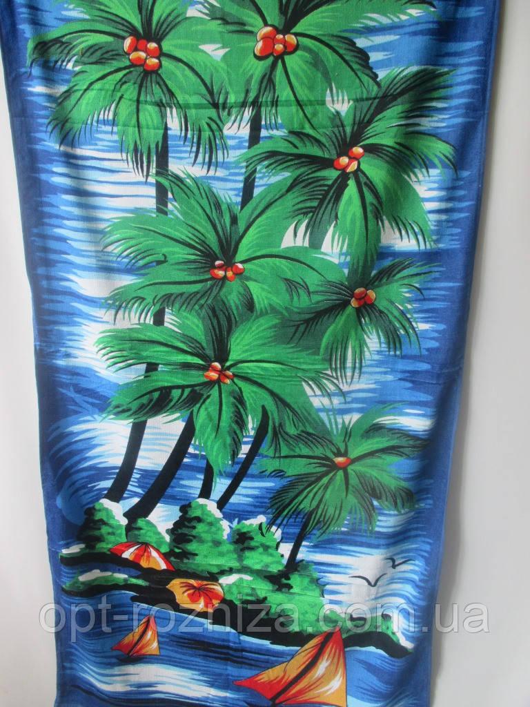 Махровое полотенце на пляж.