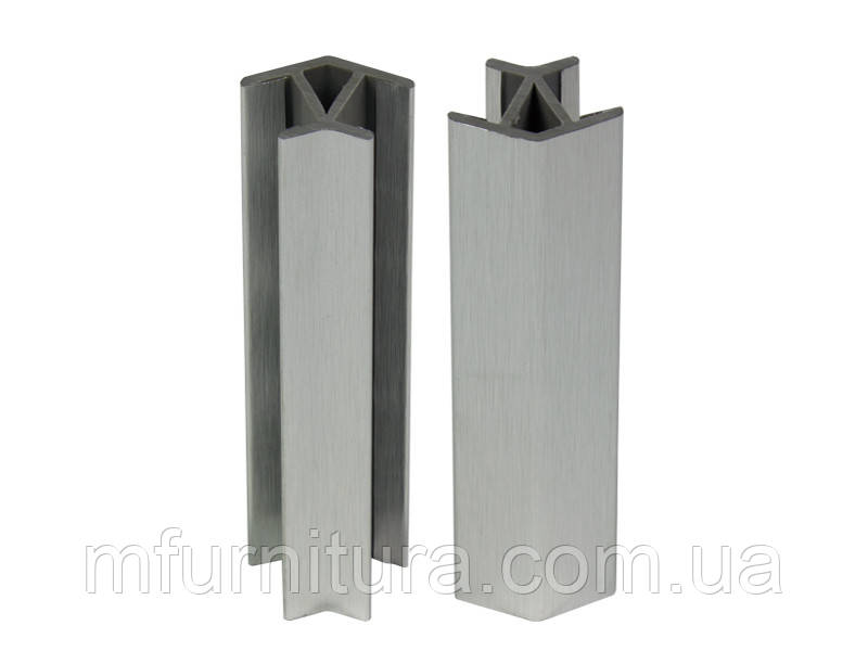 Уголок к цоколю 100 мм, пластиковый универсальный (135*) / под алюминий (гладкий) - Scilm (Италия)