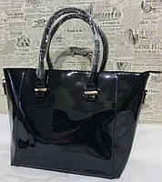 Женская сумка лаковая синяя
