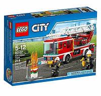 Детский конструктор Lego City Пожарный автомобиль с лестницей