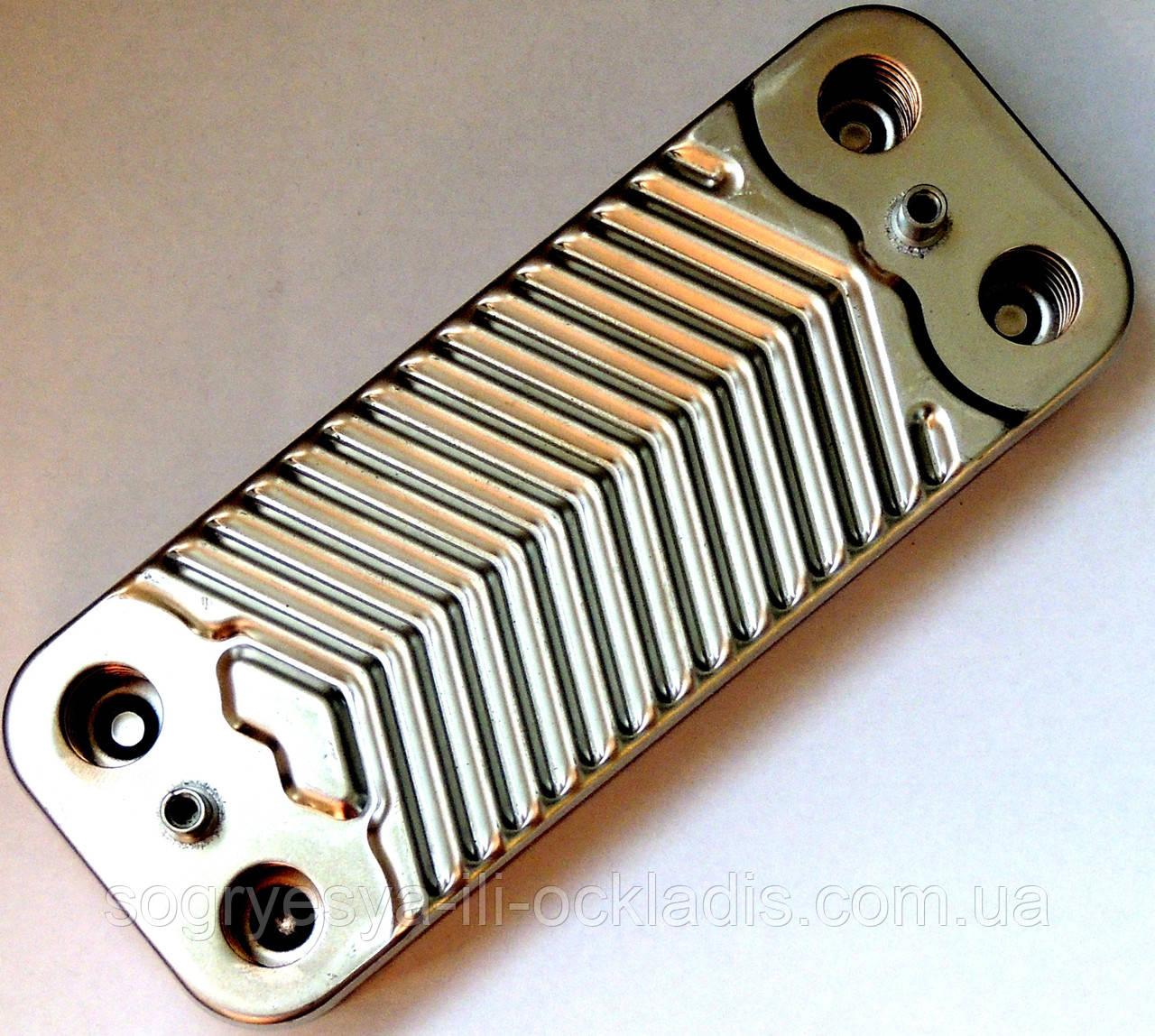 Пластинчастий теплообмінник ГВП, 12 пластин, з'єднання - шліцьове, L=154 мм, код сайту 4097