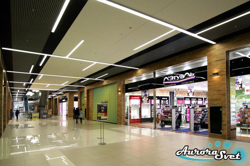 Освещение торгового центра. LED освещение. Светодиодное освещение зданий и сооружений.