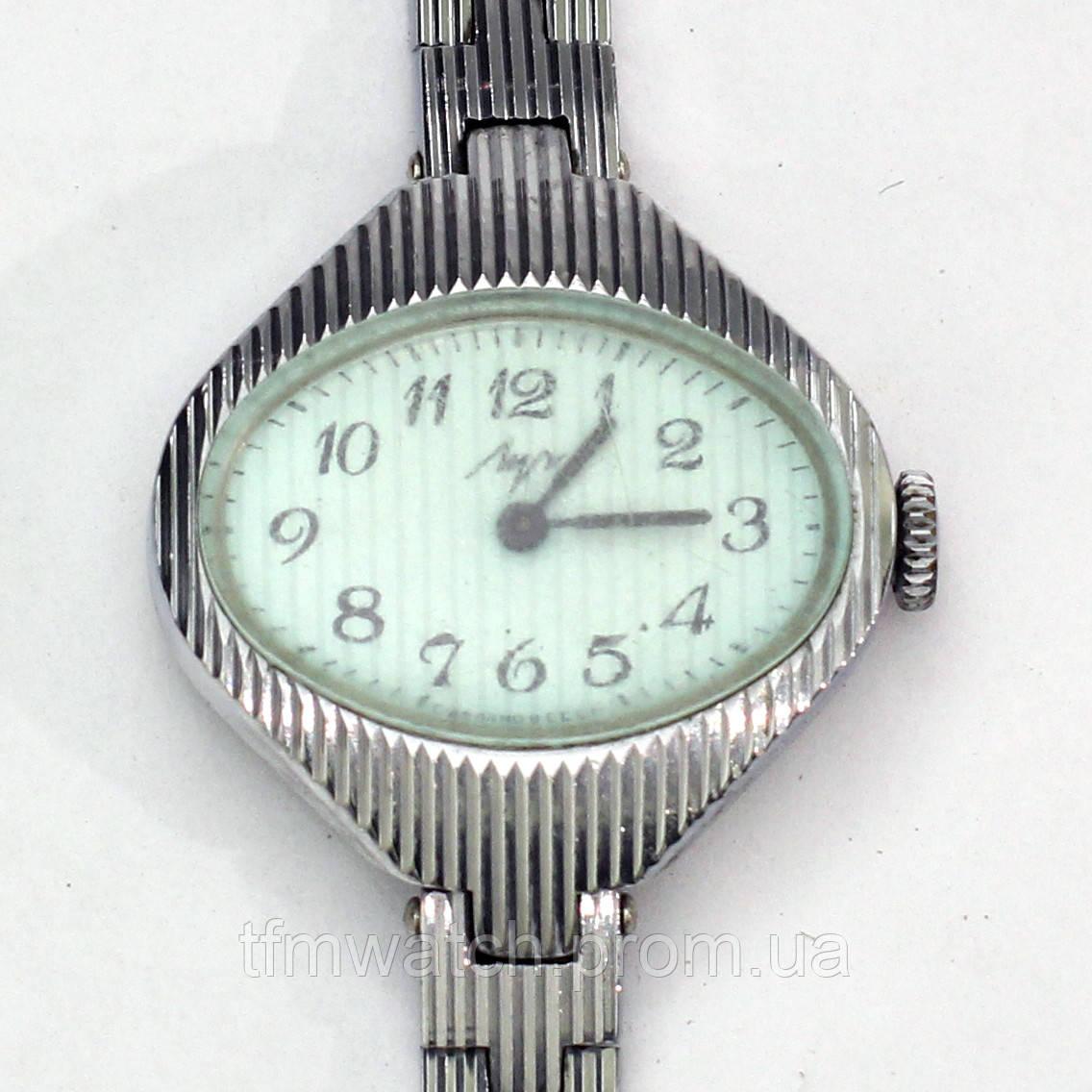 Советские механические часы Луч