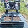 Памятник гранитный с двумя портретами