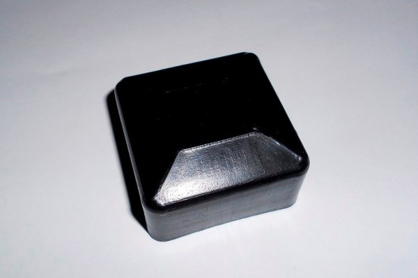 Заглушка квадратна 40Х40 зовнішня для квадратної профільної труби (NSK)