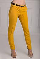 Стильные облегающие женские брюки