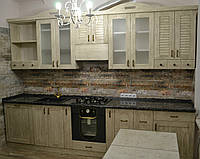 Кухня классическая из натурального дерева