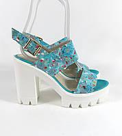 Голубые босоножки на каблуке , фото 1
